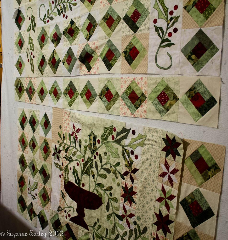 holly and mistetoe quilt
